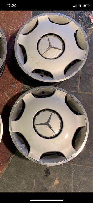 Tapacubos Mercedes originales