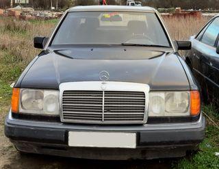 Mercedes-Benz W124 1990