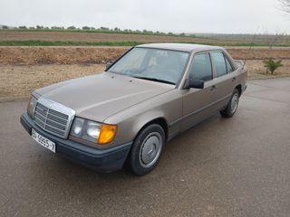 Mercedes-Benz w124 1988