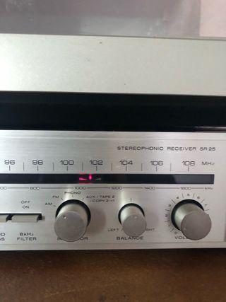 Amplificador sintonizador AM/FM Marantz SR 25