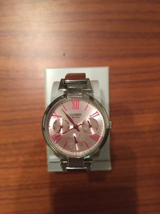 Reloj Casio esfera rosa