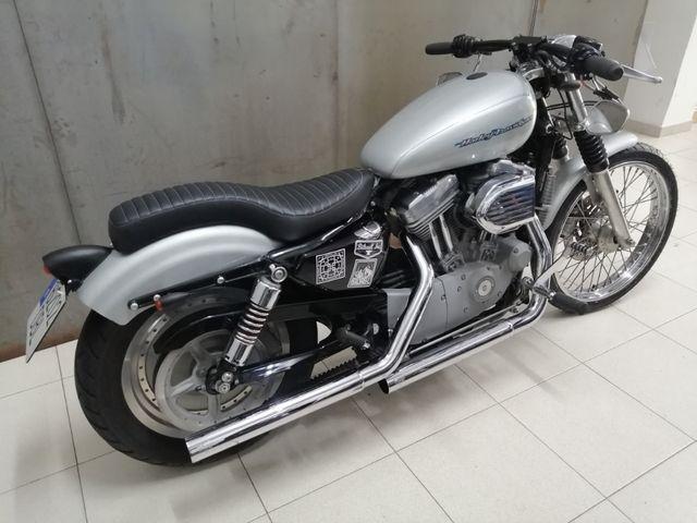 Harley 883 Custom