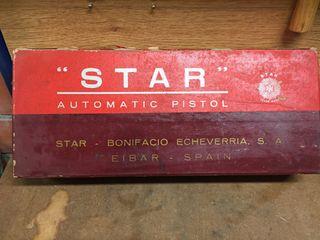 Antigua caja de pistola Star