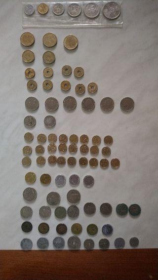 se venden o cambian estas monedas de pesetas,