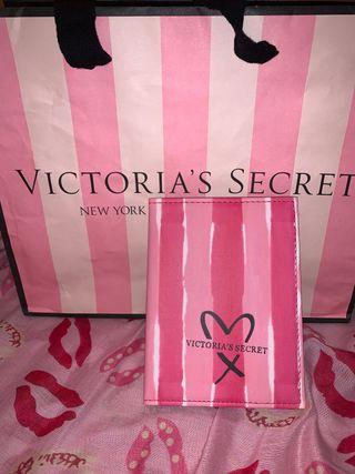 Funda pasaporte Victoria'S Secret nueva estrenar
