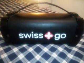 Altavoces Swiss Go