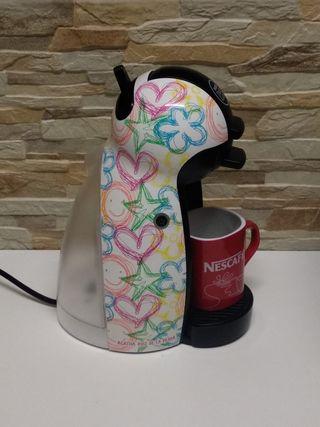Cafetera Nescafé Dolce Gusto AGATA RUIZ Dibujos