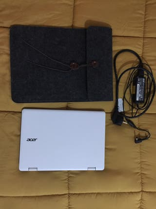 Netbook convertible Acer Aspire R3-131T