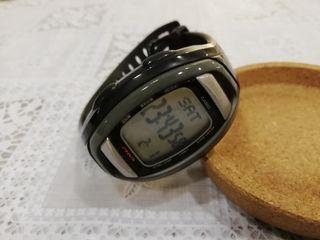 reloj deportivo CASIO (con LIBRO d INSTRUCCIONES)