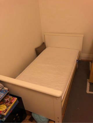 White little bed 70 x 140 cm with matress