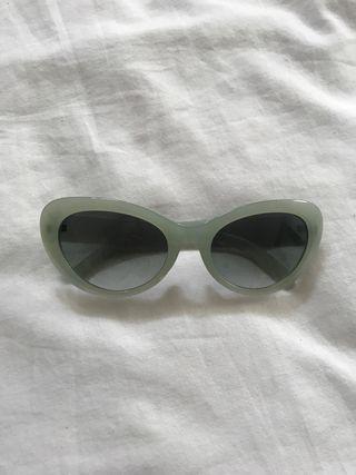 Chic turquoise sunglasses