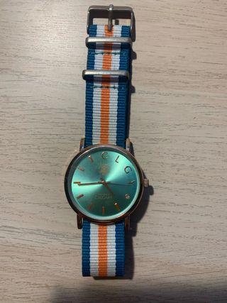 Reloj Calgary con pulsera