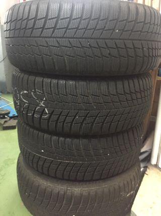Neumáticos de invierno BRIDGESTONE BLIZZAK