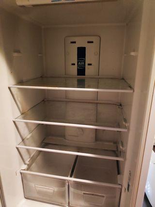 baldas y cajones de frigorífico INDESIT