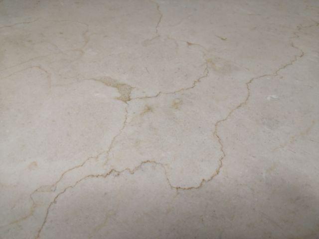 mesa mármol travertino