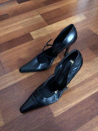 Zapato tacón aguja