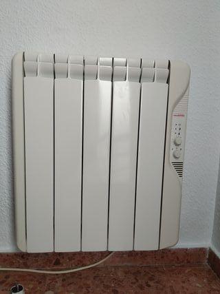 Radiador eléctrico. Emisor térmico 625 W