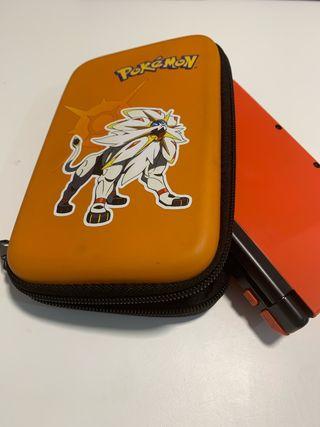 Nintendo 3DS XL con funda y cargador