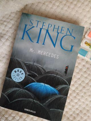 Libro de lectura, novela de misterio