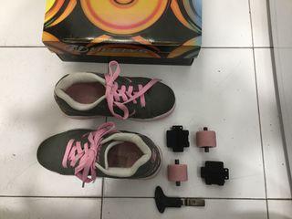 Zapatillas Heelys con ruedas.