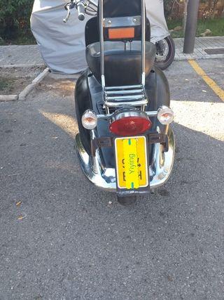 Ciclomotor de 49cc marca cooltra yiying