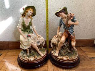 Set de dos figuras porcelana