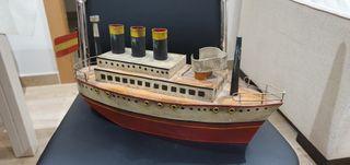 antiguo barco ojalata