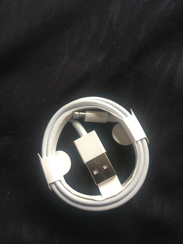 Câble pour iPhone