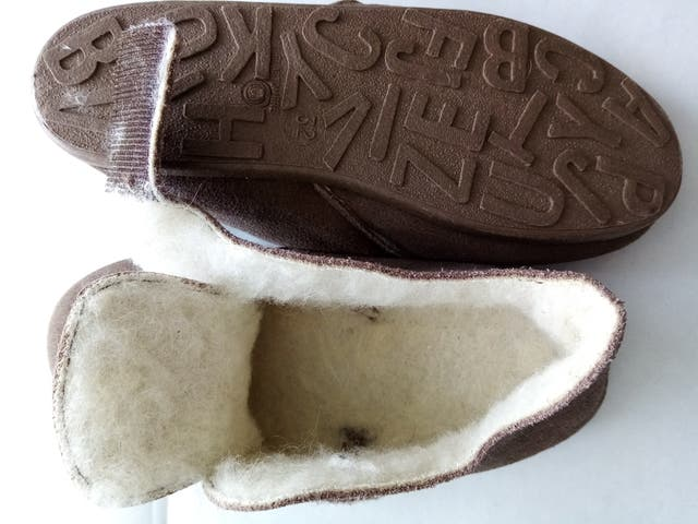 DPAM - chaussons enfants taille 32 neuf