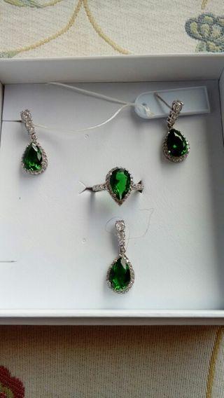 conjunto esmeraldas