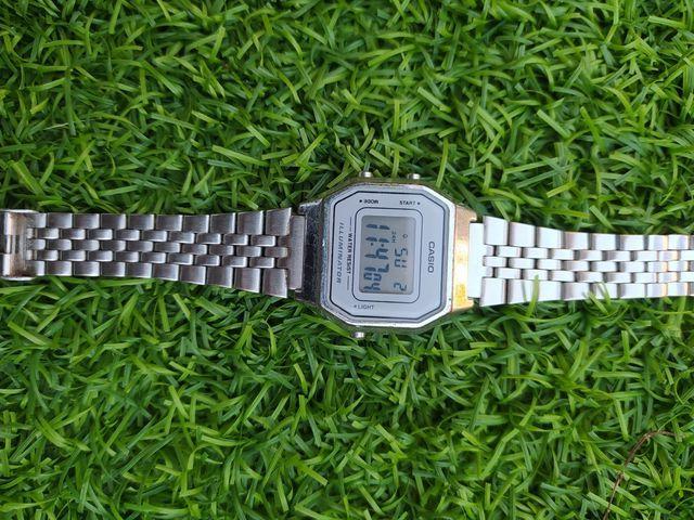 Reloj Casio plata vintage