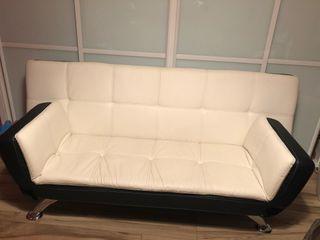 Sofá cama moderno casi nuevo