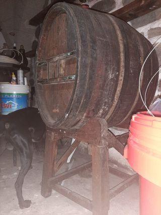 Barrica de vino antigua de Madera