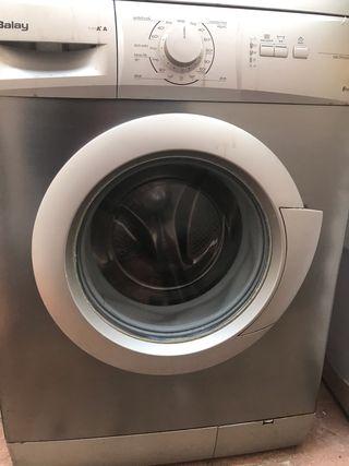 Lavadora balay en funcionamiento