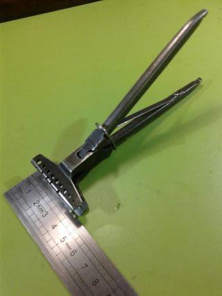 Herramienta relojero prensa mordaza alicate manual
