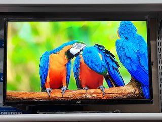 LED TV HD MARCA JVC NUEVA!!
