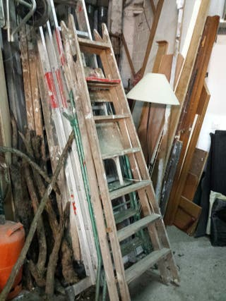 7 Escaleras de madera de tijera