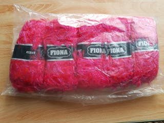 BRIGHT PINK MOHAIR DOUBLE KNIT YARN