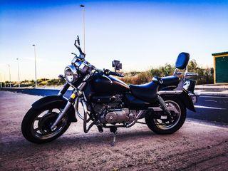 Hypsung Aquila 250 cc
