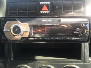 Radio con conector USB PHILIPS par coche