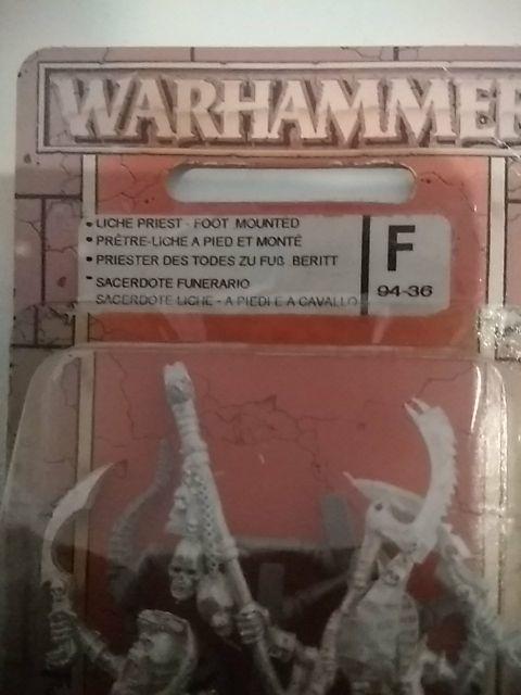Warhammer sacerdote funerario
