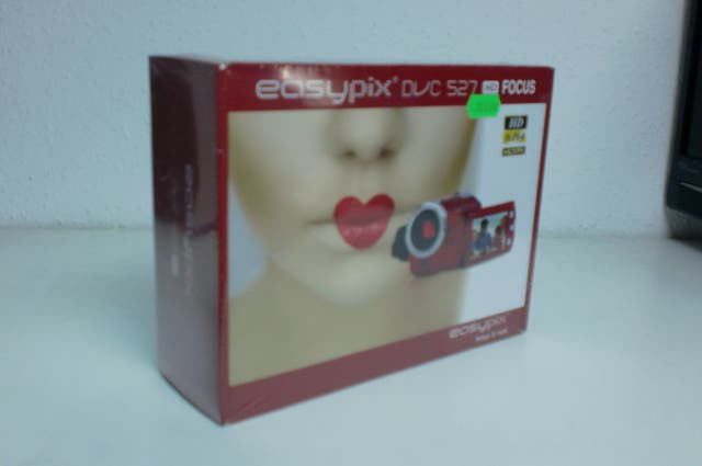 VIDEO CAMARA EASYPIX DVC527 HD FOCUS