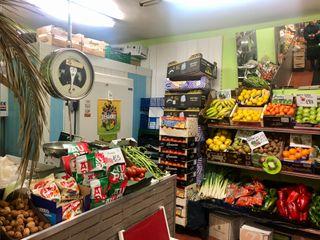 Se vende fruteria en zona Altamira