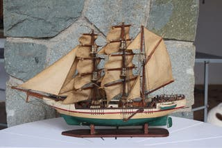 Maqueta de velero