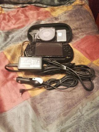PSP Sony+juego+cargadores de luz y coche+ funda, f