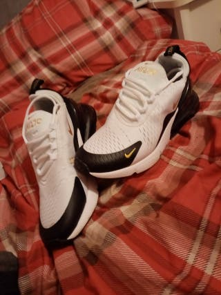 Nike Airmax 270 flyknits