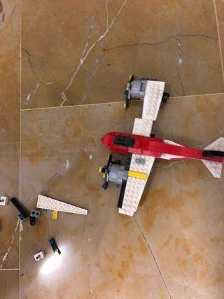 Avión de legos