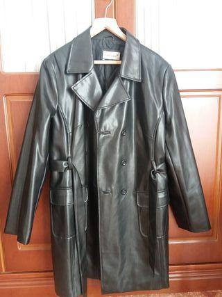 Abrigo negro mujer piel. OPORTUNIDAD.