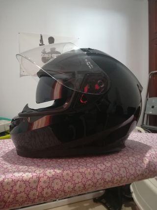Casco moto de segunda mano por 55 € en Cádiz en WALLAPOP