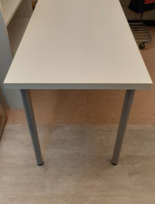 Mesa color blanco